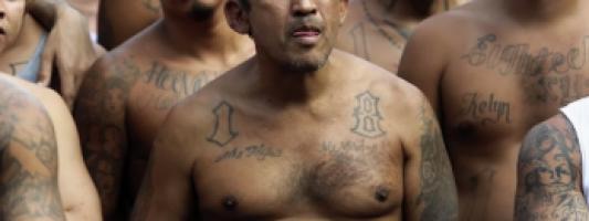Moč Svetega Duha spreobrača člane tolp v San Salvadorju
